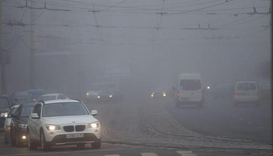 ГИБДД призывает калининградских водителей быть осторожнее из-за осадков и тумана - Новости Калининграда