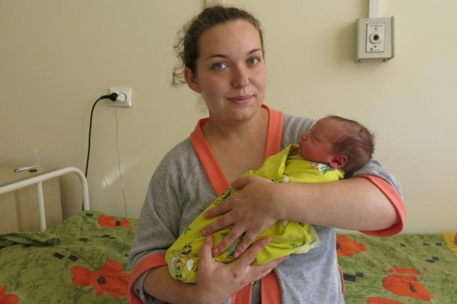 """Калининградка, родившая девочку во время пожара: У меня схватки, а тут кричат: """"Горим!"""" - Новости Калининграда"""
