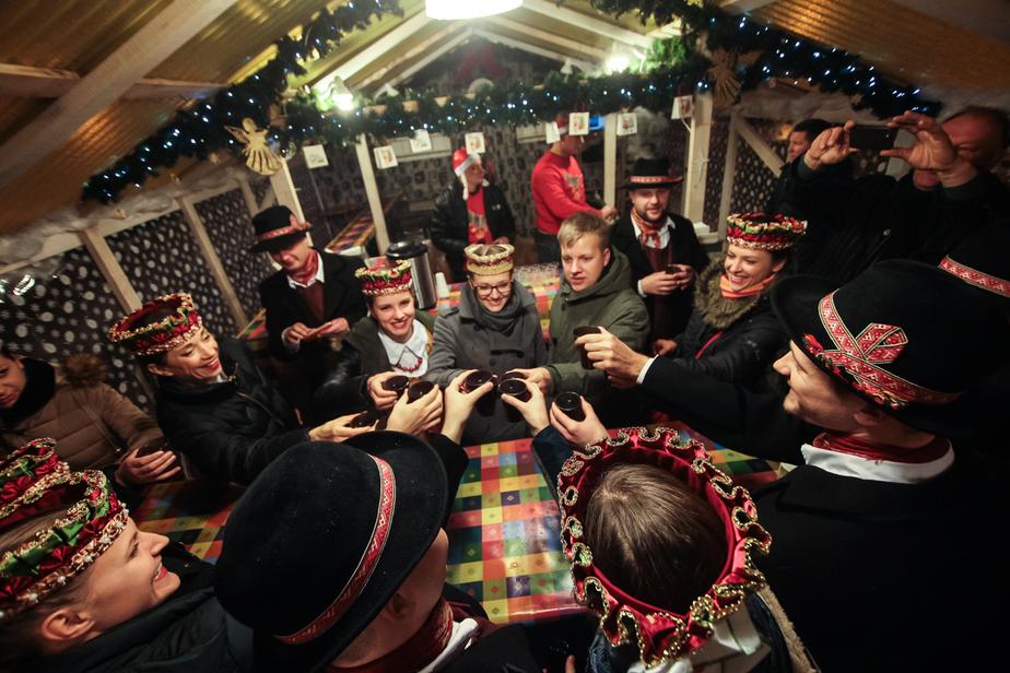 Глинтвейн в мельнице и ледяные сани: в Калининграде, Польше и Литве открываются праздничные ярмарки     - Новости Калининграда