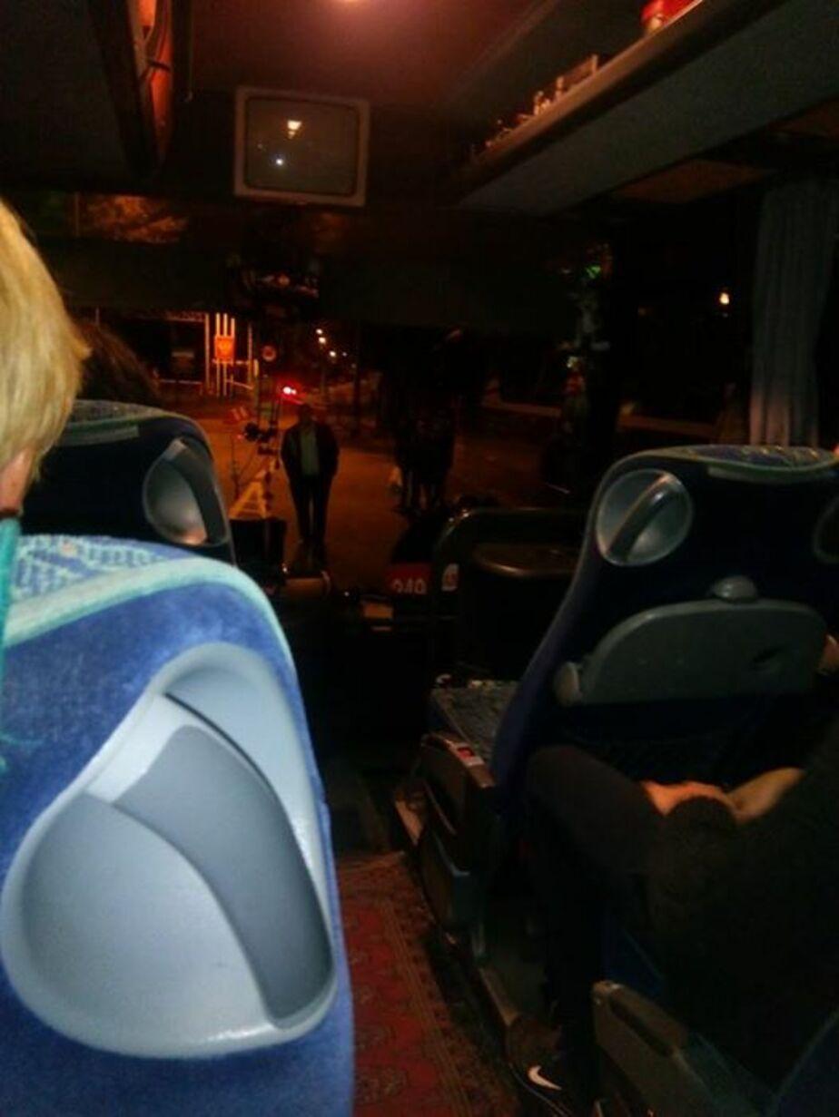 В Польше разбили лобовое стекло в калининградском автобусе - Новости Калининграда