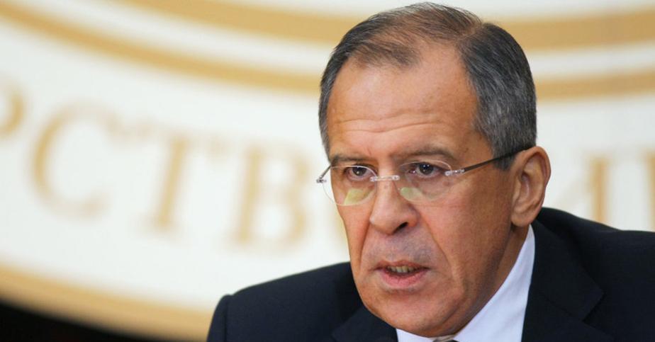 Лавров: Запад продолжает наращивать военный потенциал рядом с границами России