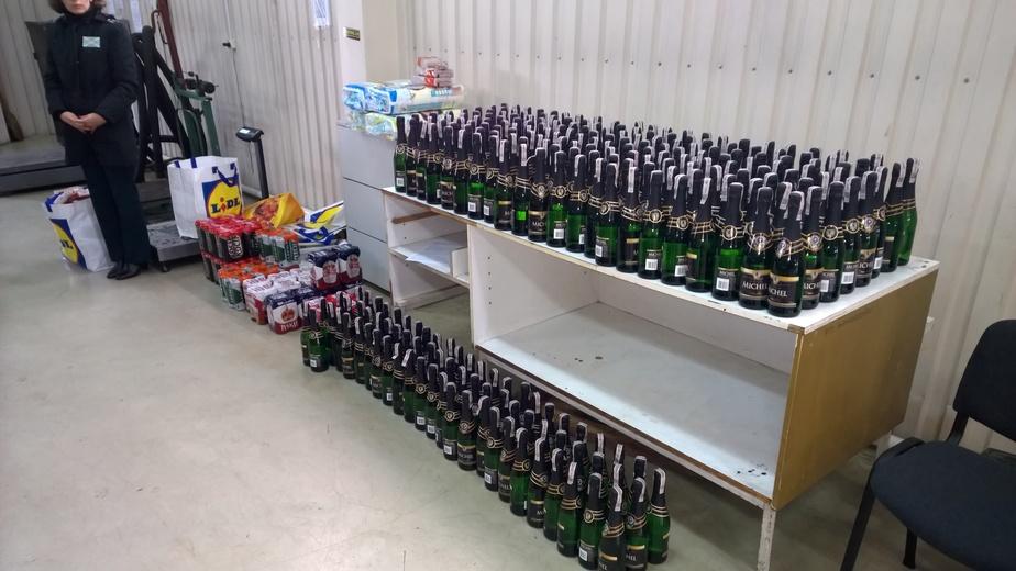 Калининградские приставы отправили 60 литров алкоголя на уничтожение - Новости Калининграда