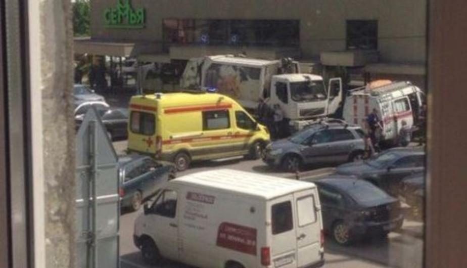 В Калининграде возбудили уголовное дело против водителя мусоровоза, насмерть сбившего пенсионерку - Новости Калининграда