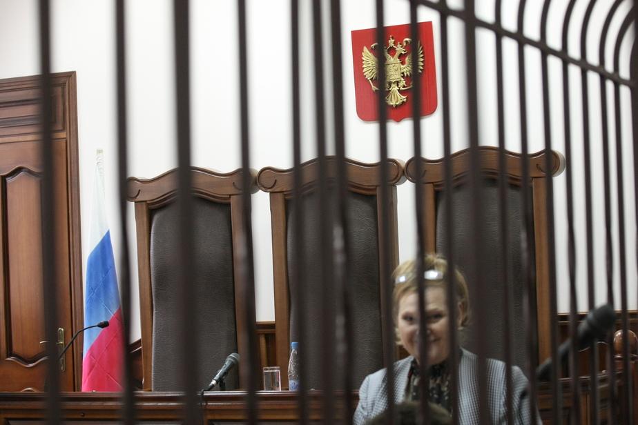 Калининградец взыскал со знакомого 30 тыс. рублей за удар лопатой по уху - Новости Калининграда