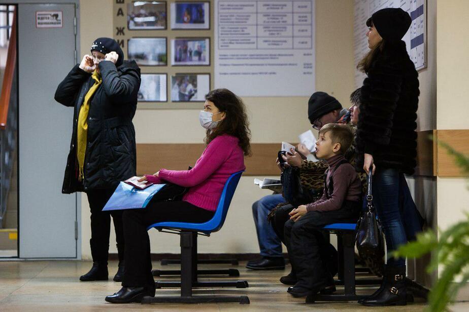 Стало известно, как в длинные выходные будут работать поликлиники и МФЦ - Новости Калининграда