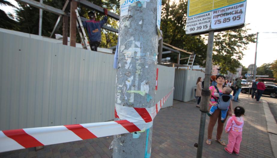 Мэрия: владелец павильона напротив зоопарка разрешения на строительство не получал - Новости Калининграда