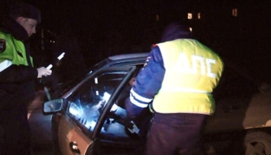 В Челябинске судят 8 калининградцев, инсценировавших ДТП с дорогими иномарками