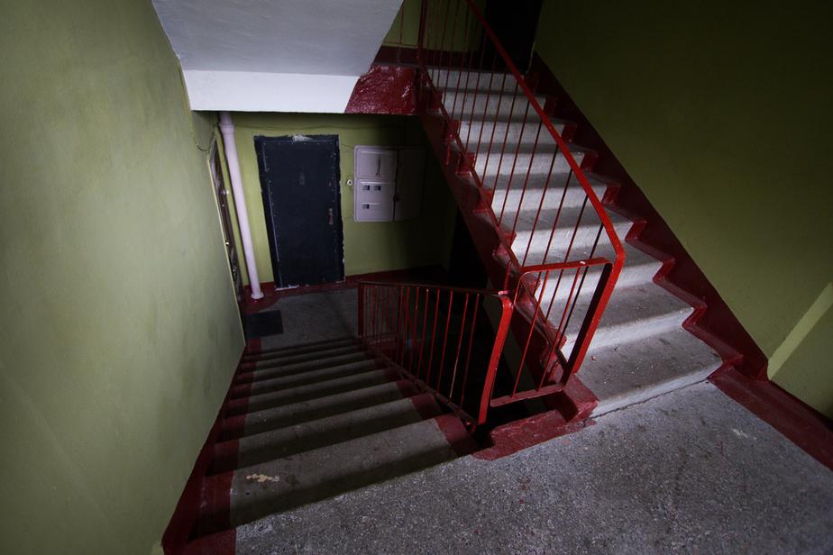 Калининградка отсудила квартиру умершего отчима у женщины, которой он оставил наследство
