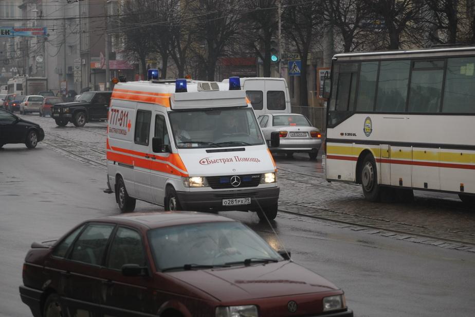 ДТП и поломка: на улицах Калининграда собираются утренние пробки