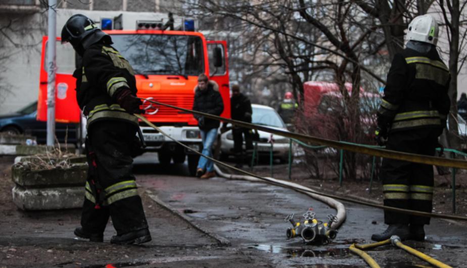 В Калининграде спасенный из горящего здания мужчина госпитализирован