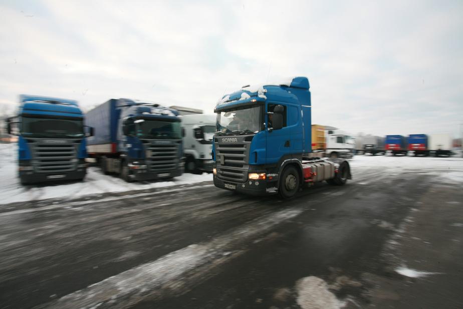 Литва вводит свою дорожную плату для российских грузовиков
