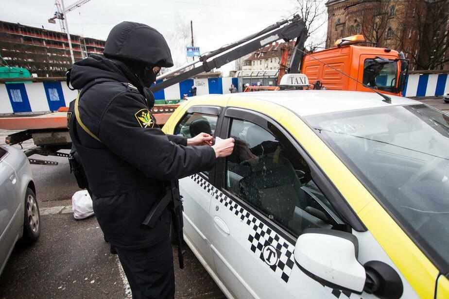 В Калининграде приставы арестовали 75 автомобилей за шесть дней  - Новости Калининграда