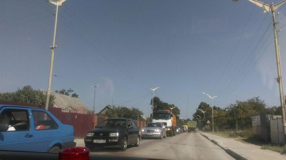 Из-за ремонта дороги образовалась пробка от посёлка Космодемьянского до Балтийска  - Новости Калининграда