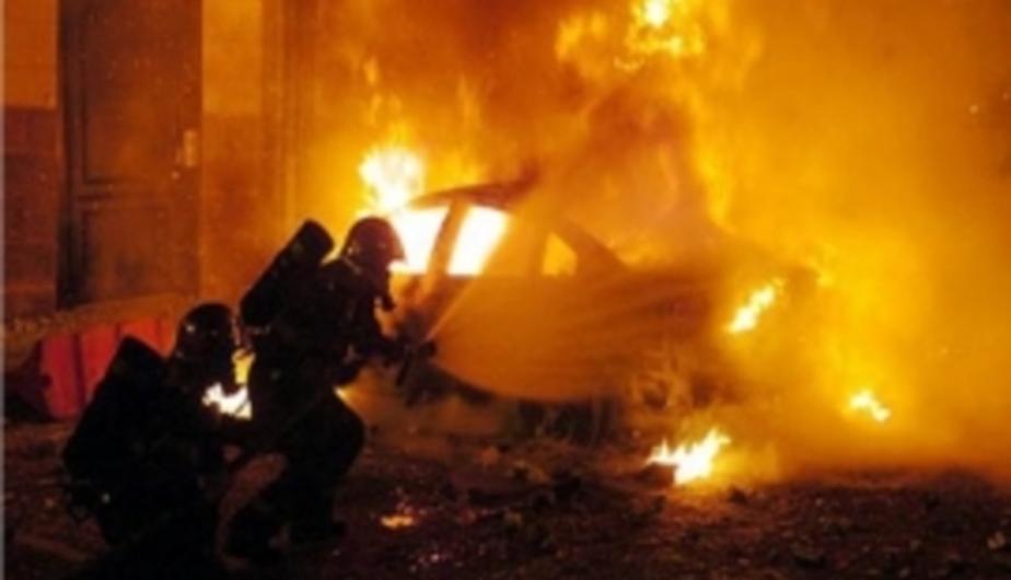 В Калининграде ночью сгорели три автомобиля - Новости Калининграда