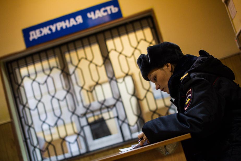 В Калининграде вахтерша избила компанию детей дубинкой - Новости Калининграда