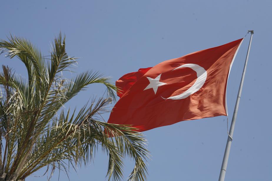 В номере турецкого отеля обнаружили окровавленное тело российского туриста - Новости Калининграда