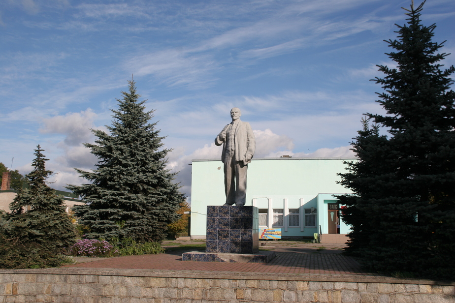 Большевистские памятники предложили снять с госохраны - Новости Калининграда