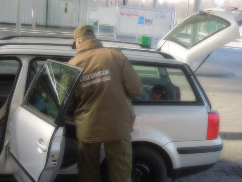 На польской границе задержали контрабандные сигареты на 33 тысячи злотых  - Новости Калининграда