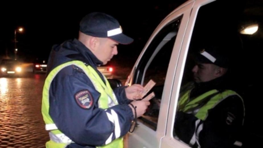 В Калининграде остановили водителя с купленными правами - Новости Калининграда
