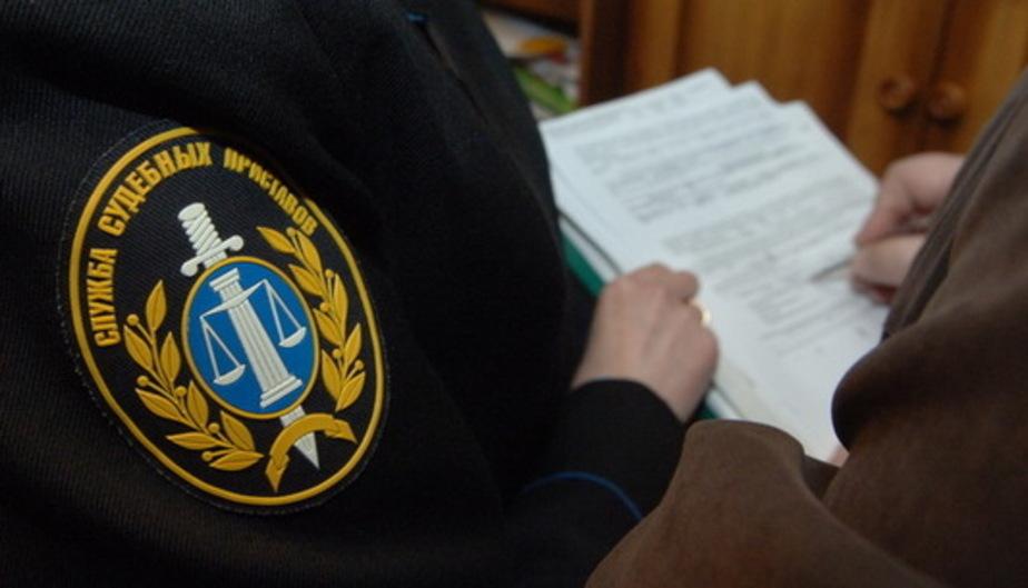 У пришедшей на прием к судебным приставам калининградки в счет долга изъяли айфон - Новости Калининграда