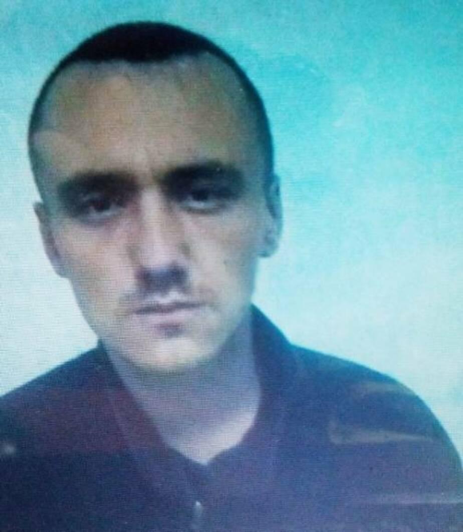 Калининградская полиция объявила в розыск парня, грабившего старушек (фото)