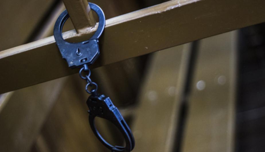 Пьяный калининградец избил полицейского, пытавшегося его задержать