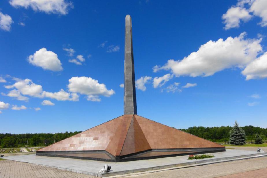 Цуканов взял под личный контроль  ход  благоустройства мемориального комплекса в Медведевке - Новости Калининграда