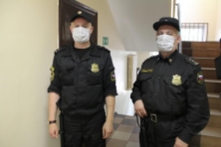 Под Калининградом судебные приставы принудительно отвезли в диспансер больного туберкулезом - Новости Калининграда