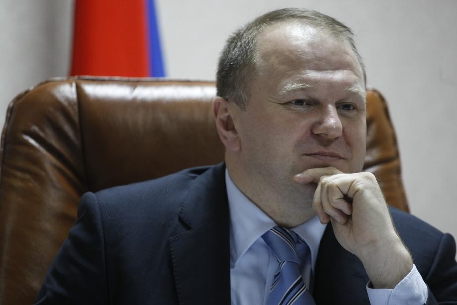 Цуканов пригрозил подчинённым увольнением за загранпоездки без спроса - Новости Калининграда
