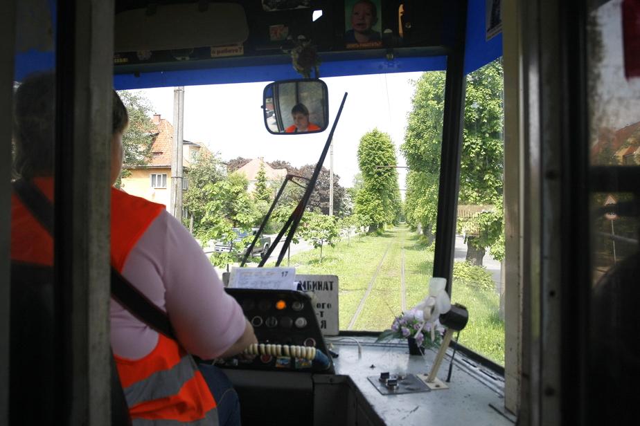 Горвласти хотят поставить новые трамвайные вагоны на старые тележки