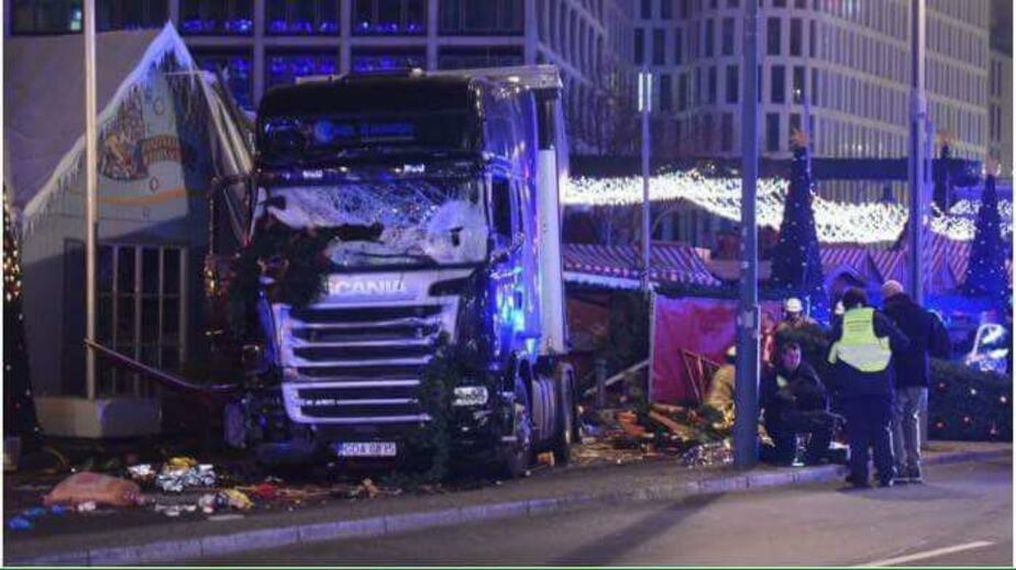 Задержан водитель грузовика, въехавшего в толпу в Берлине - Новости Калининграда