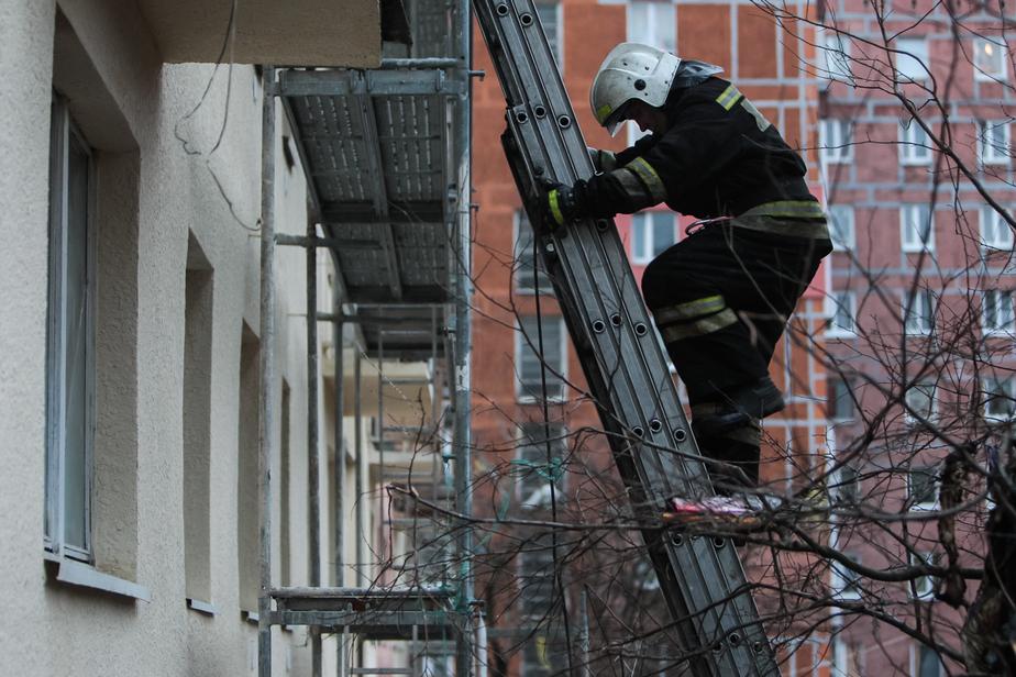 Во время пожара на улице Казанской погиб калининградец - Новости Калининграда