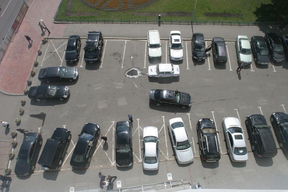 В крупные города России хотят запретить въезжать старым машинам - Новости Калининграда