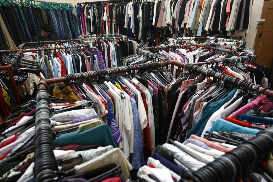 Минпромторг предложил сажать за контрабанду одежды - Новости Калининграда