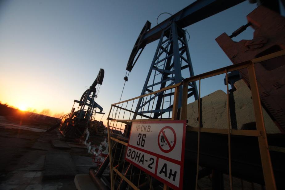 Аналитики предсказывают дальнейшее падение цен на нефть