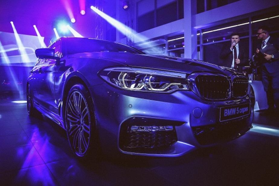 """""""Понимает жесты и сам следит за дорогой"""": """"Рус Моторс"""" презентовал новый BMW 5-й серии - Новости Калининграда"""