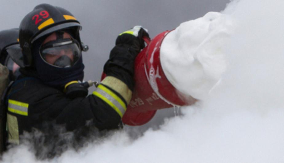 По факту возгорания внедорожников в Янтарном возбудили уголовное дело (видео) - Новости Калининграда