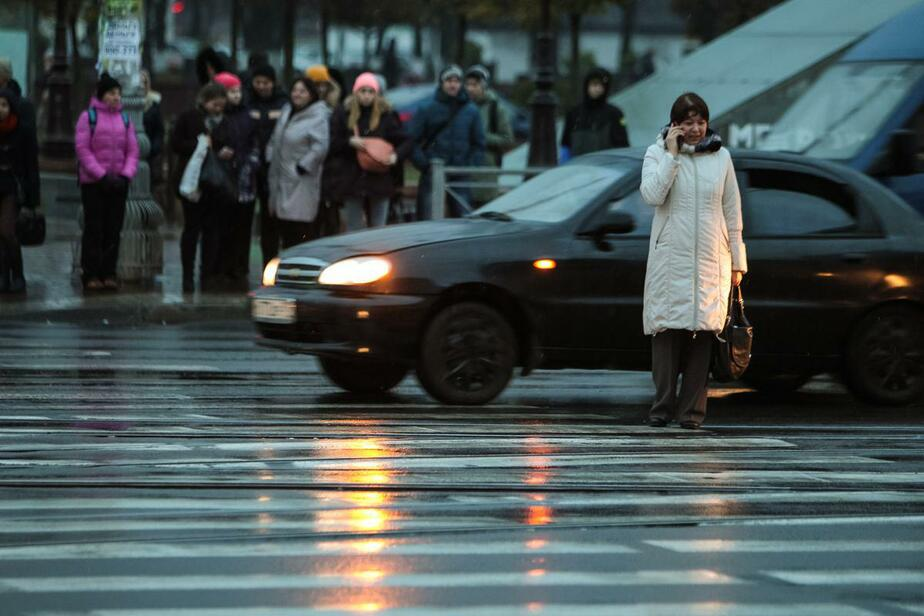 В Калининграде полиция ищет водителя, сбившего 12-летнюю девочку и бросившего её на дороге - Новости Калининграда