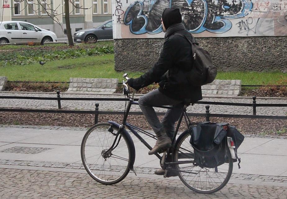 Калининградцы предложили запретить езду на велосипедах в местах, где много пешеходов  - Новости Калининграда