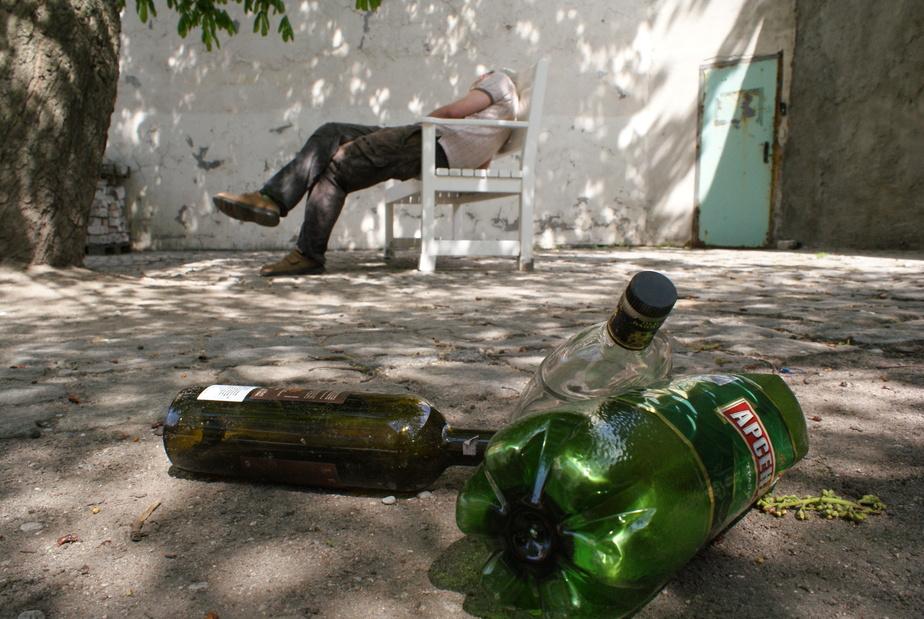 В Госдуме хотят резко повысить штрафы за распитие алкоголя на улице - Новости Калининграда
