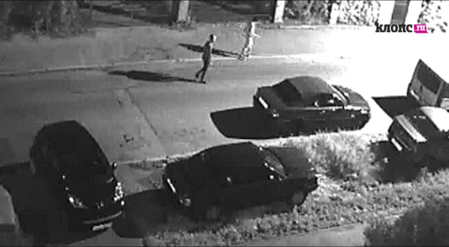 В Калининграде неизвестные подожгли два БМВ (видео) - Новости Калининграда