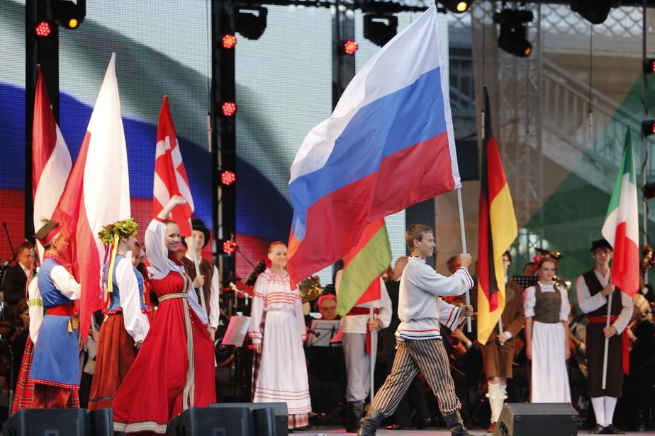 СМИ: жители Запада устали от клише, навязанного в отношении России - Новости Калининграда