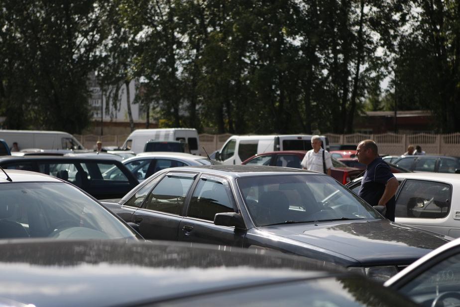 Калининградские водители начали сбор подписей против запрета регистрировать ввезенные кузовы