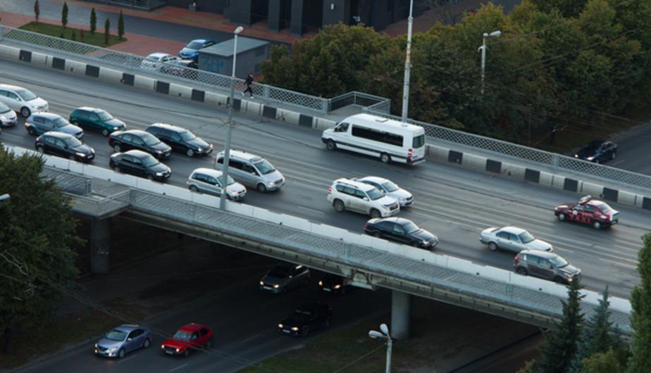 Разработчик генплана предлагает выделить общественному транспорту на Ленинском проспекте две полосы - Новости Калининграда
