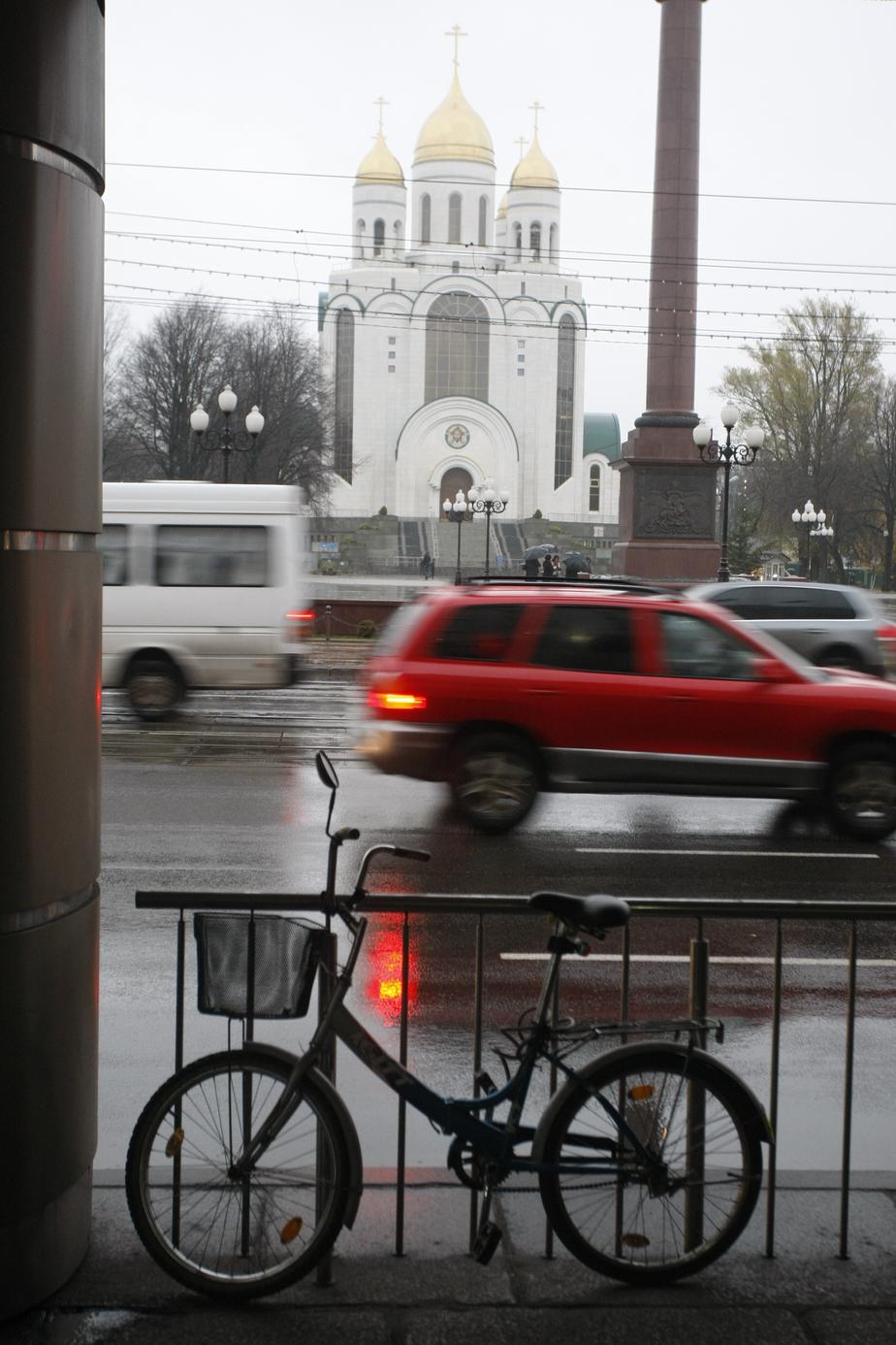 В Малом Исаково 17-летнего воришку велосипедов вычислили по следам на балконе - Новости Калининграда