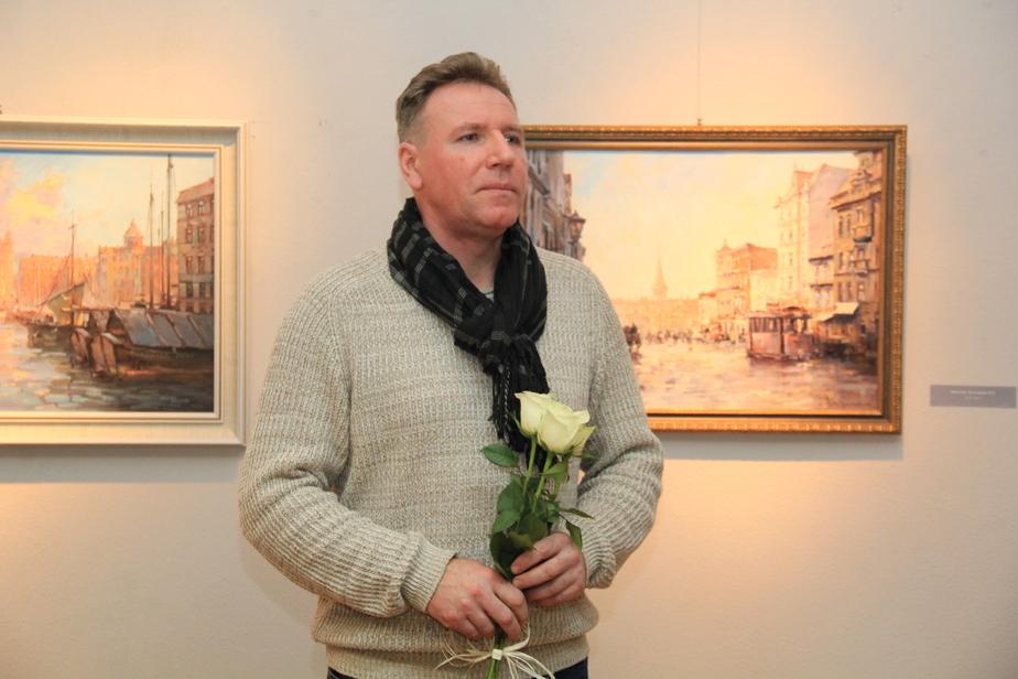 Вперёд в прошлое: в художественной галерее открылась выставка архитектурной живописи Виталия Короткова  - Новости Калининграда