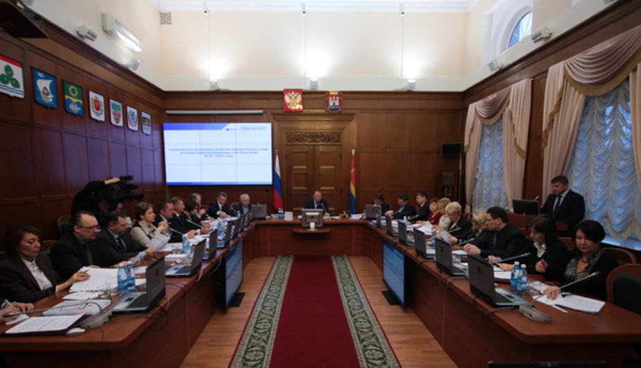 Калининградский депутат предложил запретить сотрудникам правительства общаться с прессой