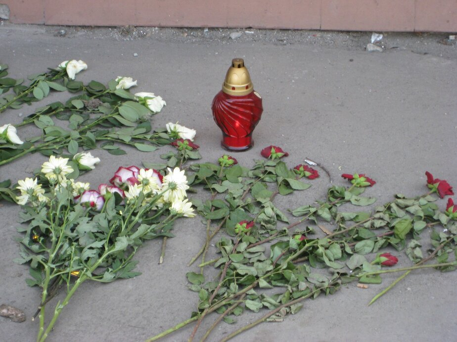 Водитель автобуса, по вине которого в ДТП погиб военный, не выплачивает компенсацию его жене  - Новости Калининграда