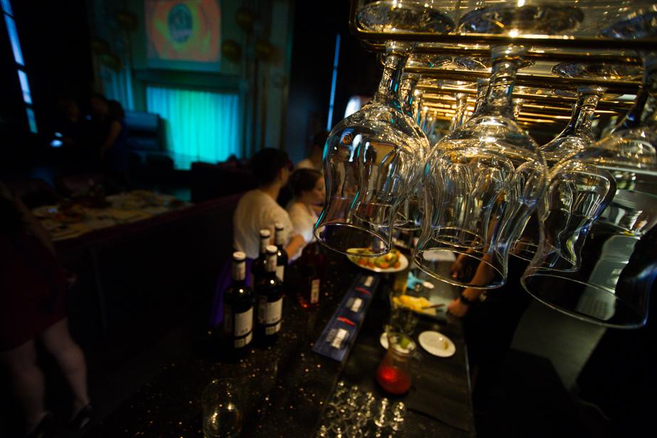 Прекратят ли калининградские бары продавать алкоголь с нового года: репортаж ТвойБро - Новости Калининграда