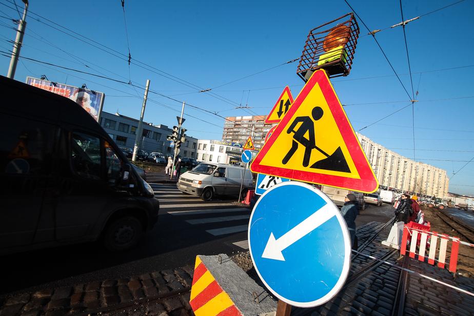 У площади Василевского перенесут пешеходные переходы и установят временные светофоры  - Новости Калининграда